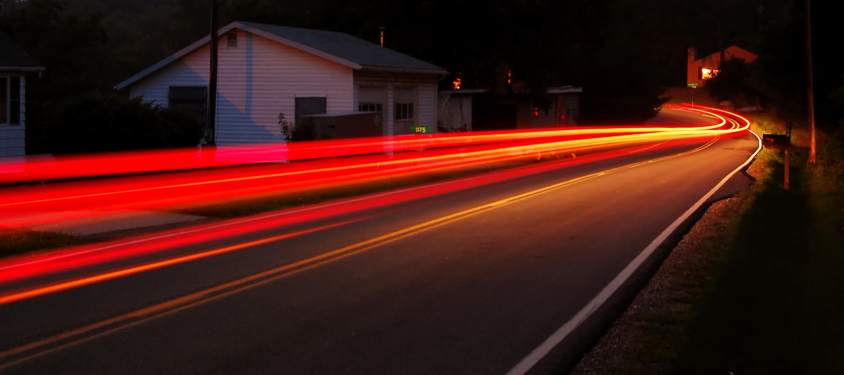 speeding-car-1175932.jpg